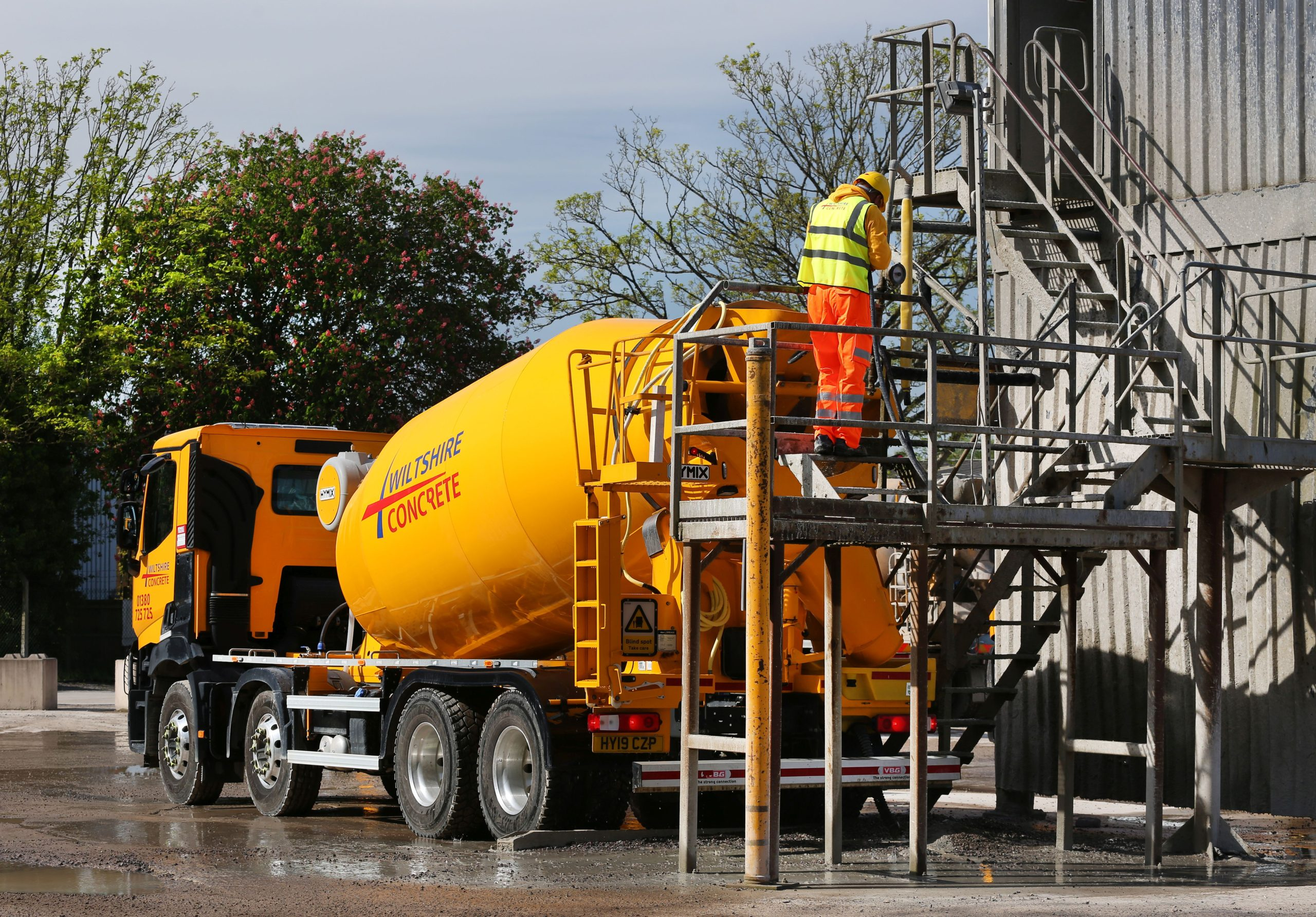Concrete Mixer and Operative at Wiltshire Concrete